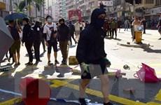 Thông tin Hong Kong ban bố lệnh giới nghiêm cuối tuần bị rút bỏ