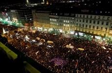 Hàng chục nghìn người biểu tình tại Prague phản đối Thủ tướng Séc