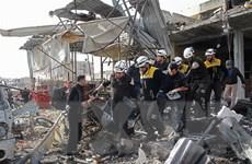 Hàng vạn dân thường Syria trốn chạy không kích ở phía Nam Idlib
