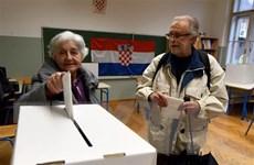 Hơn 3,8 triệu cử tri Croatia bỏ phiếu bầu tổng thống trong ngày 22/12