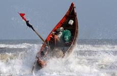 [Photo] Nhọc nhằn mưu sinh nghề biển của ngư dân Thừa Thiên-Huế