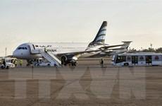 Sân bay quốc tế Mitiga tạm ngừng hoạt động do các cuộc không kích