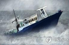 Tai nạn lật tàu đánh cá chở 14 thuyền viên tại Hàn Quốc