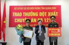 Khen thưởng thành tích triệt phá đường dây mua bán 60.000 viên ma túy