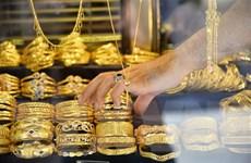 Giá vàng châu Á giảm xuống mức thấp nhất trong gần hai tuần qua