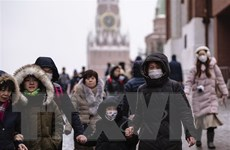 Tổng thống Putin đề nghị tước giấy phép hiệu thuốc tăng giá khẩu trang