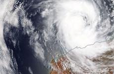 Australia: Bão suy yếu ở miền Tây Bắc, mưa to ở miền Đông