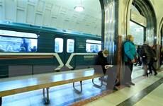 COVID-19: Tòa án Nga ra lệnh cưỡng chế cách ly với người trốn viện
