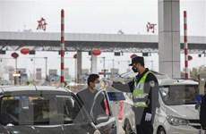 Nhiều địa phương của Trung Quốc khôi phục hoạt động giao thông
