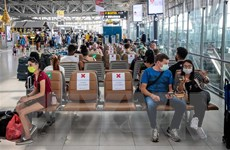 Lo ngại số ca mắc COVID-19 tăng vọt, Thái Lan yêu cầu người dân ở nhà
