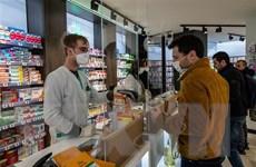 Pháp đối mặt nguy cơ suy thoái, lòng tin người tiêu dùng Anh giảm mạnh