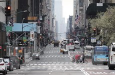 Fed công bố gói 2.300 tỷ USD hỗ trợ kinh tế Mỹ, phố Wall tăng điểm