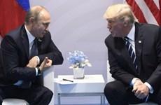 Tổng thống Nga-Mỹ điện đàm về thị trường dầu mỏ và diễn biến COVID-19