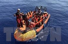 Hàng chục người di cư trên xuồng cao su mất tích tại Địa Trung Hải