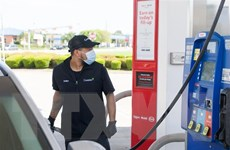 [Video] Vì sao giá dầu thế giới lần đầu tiên rơi xuống mức âm?