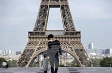 Pháp vẫn giới hạn đi lại sau khi lệnh phong tỏa được dỡ bỏ