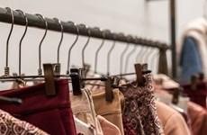 Công nghiệp thời trang Italy tái khởi động trong 'hy vọng và lo lắng'