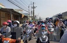 Người dân TP.HCM đối diện với đợt nắng nóng gay gắt trên diện rộng