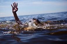Hà Nội: Hai nữ sinh lớp 10 bị đuối nước khi ra bơi ở sông Đà