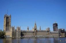Khủng hoảng COVID-19 và nguy cơ mới của Vương quốc Anh