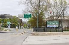 Mỹ gia hạn đóng cửa đường biên giới với Canada và Mexico