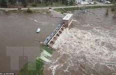 [Video] Hàng nghìn người phải sơ tán sau 2 vụ vỡ đập ở bang Michigan