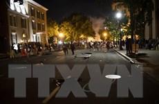 Biểu tình biến thành bạo động, cảnh sát Mỹ phải sử dụng biện pháp mạnh