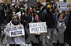 Anh: Phần tử cực đoan 'giật dây' biểu tình chống phân biệt chủng tộc