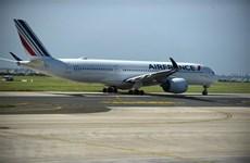 Các hãng hàng không châu Âu 'cầu cứu' sự hỗ trợ từ khách hàng