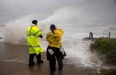 Cơn bão đầu tiên trong mùa bão Đại Tây Dương đổ bộ vào Mỹ