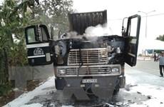 Bình Phước: Đầu xe container bất ngờ bốc cháy khi đang lưu thông
