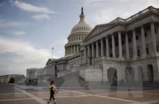 Chính phủ Mỹ thoát khỏi nguy cơ bị đóng cửa trong gang tấc