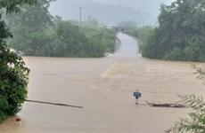 Nhiều nơi bị chia cắt, cô lập do mưa lớn ở tỉnh Quảng Bình
