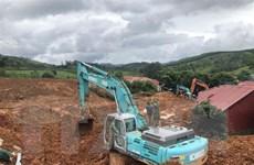 Sạt lở đất ở Hướng Hóa: Tìm kiếm các nạn nhân trong thời gian sớm nhất