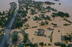[Video] Cảnh lũ lụt kỷ lục tại miền Trung nhìn từ trên cao