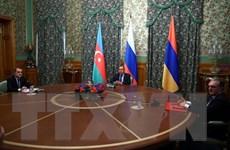 Ngoại trưởng Nga tổ chức các cuộc gặp riêng rẽ với Armenia, Azerbaijan