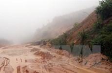 Mưa lớn từ Quảng Trị đến Quảng Ngãi, nguy cơ có lũ quét, sạt lở đất