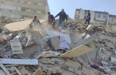 Hơn 120 người thương vong trong trận động đất ở Hy Lạp và Thổ Nhĩ Kỳ