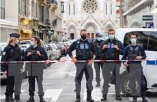 Bắt giữ đối tượng thứ 3 trong vụ tấn công bằng dao tại Pháp