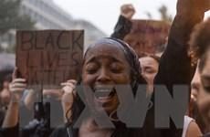 Mỹ: Làn sóng giận dữ lại bùng phát sau vụ bắn chết người da màu