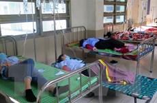 Vụ ngộ độc tập thể ở Phú Yên: Tăng cường bác sỹ, điều dưỡng viên