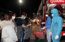 Quảng Ninh phạt chủ xe chở quá số người theo quy định phòng dịch