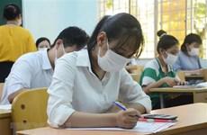 Phụ huynh lo lắng trước thay đổi đăng ký nguyện vọng lớp 10