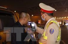 [Photo] CSGT ra quân xử phạt lái xe vi phạm nồng độ cồn và ma túy