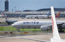 Hy vọng mở ra cho ngành hàng không Mỹ thoát khủng hoảng do COVID-19