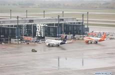 Dịch COVID-19 tại châu Âu: Đức để ngỏ khả năng cấm một số chuyến bay