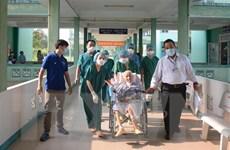 Chuyển bệnh nhân COVID-19 nặng nhất về Bệnh viện Chợ Rẫy