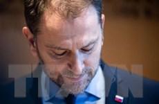 Khủng hoảng chính trị kéo dài, Thủ tướng Slovakia Igor Matovic từ chức