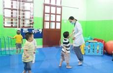 Nỗ lực đưa trẻ tự kỷ hòa nhập cuộc sống bằng âm ngữ trị liệu