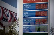 Giá dầu trên thị trường thế giới tiếp tục đi xuống phiên 6/5
